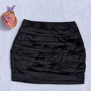NWT Express Black Satin Pleated Miniskirt Size 8
